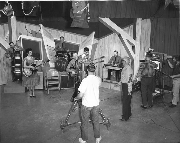 Jimmie Rivers - TV studio