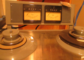 adelphi-sony-es-22t-machine